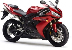 YAMAHA YZF R1 2005 RED