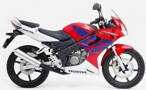 HONDA CBR 125R 2004-2006 RED WHITE